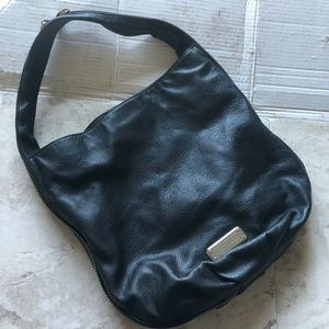 Marc Jacob Zip Around Black Leather Shoulder Bag